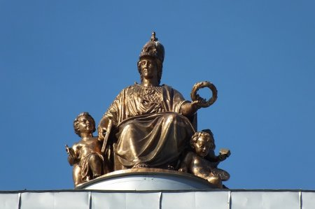 Скульптура Екатерины II в Краснодаре