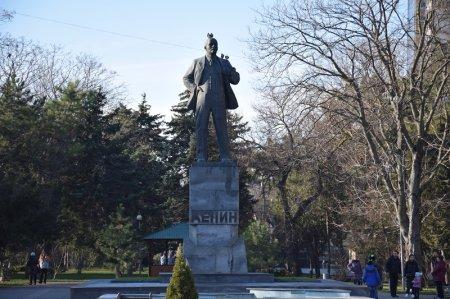 Памятник В.И. Ленину в Анапе