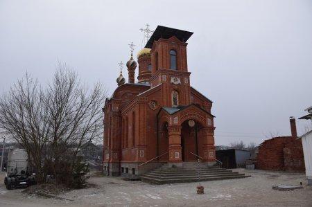 Храм в поселке Нижнебаканском