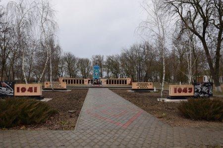 Монумент в станице Черноерковской