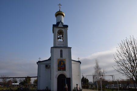 Храм в Старотитаровской