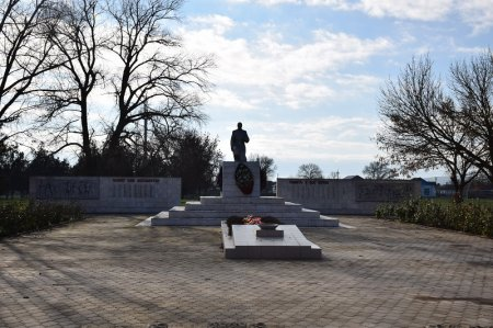 Мемориальный комплекс в Вышестеблиевской