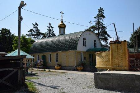 Церковь в Верхнебаканском