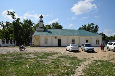 Храм в станице Раевской